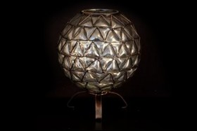 METAL & GLASS SPHERE VASE