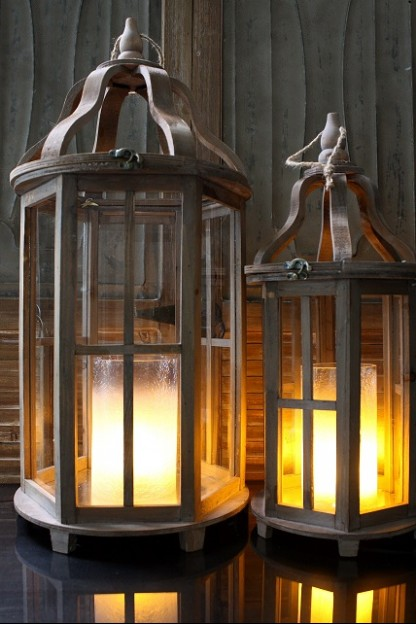 SET OF TWO WOOD ROUND LANTERNS [479372] SHIP PALLET ONLY