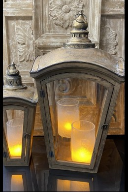 SET OF 2 WOOD AND METAL LANTERNS  [901367] SHIPS PALLET ONLY