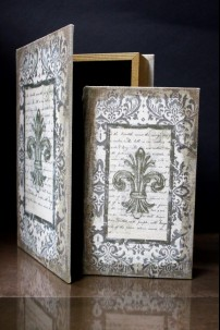 SET OF 4 NESTED BOOK BOXES [901353]