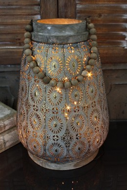 LARGE METAL ROUND LANTERN WITH WOODEN RIM AND BEADED HANDLE (479367)