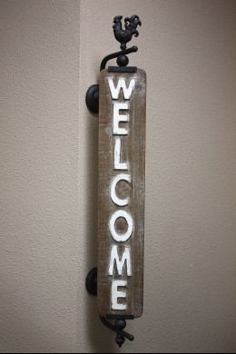 WOODEN SPINNING WELCOME SIGN 7x30x38 (485402) PRE-ORDER MID JANUARY
