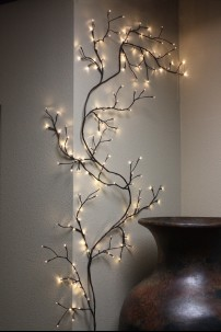 Willow Vine with 144 Incandescent Bulbs [184120]